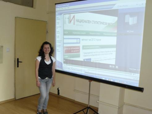 Благовеста Минева презентира видеоматериала за МГС