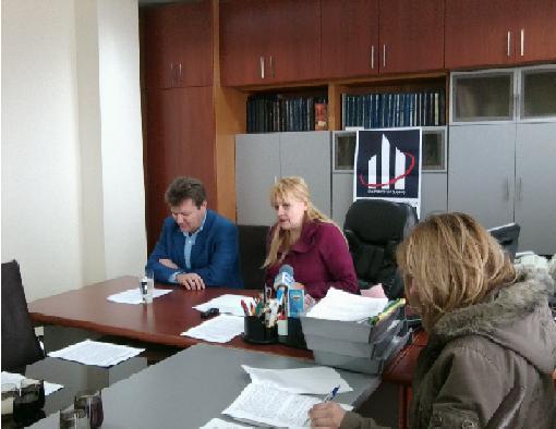 Организаторите  на проучването - г-жа Настева и г-н Капралов